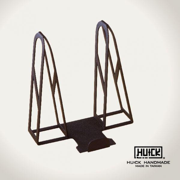 【HUCK 浩克手工傢俬】迷彩紋水泥灰版 鋼鐵盔架 USB風扇款 (門掛型配件)| Webike摩托百貨